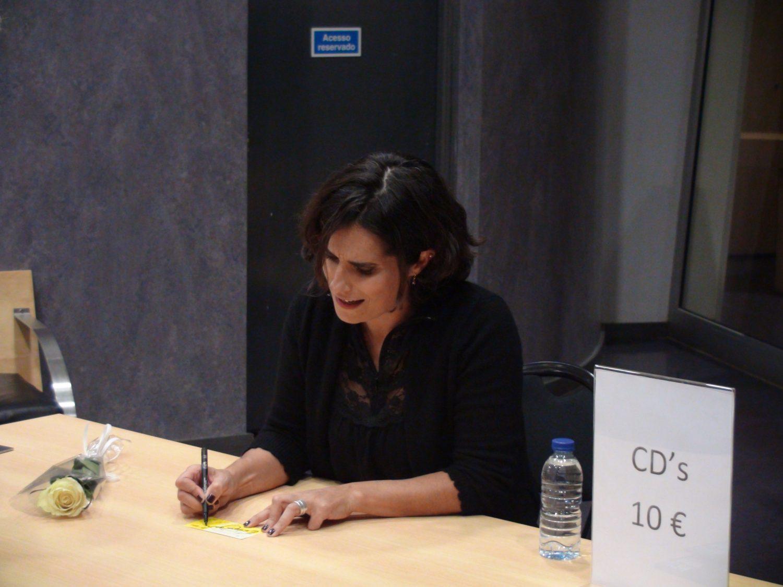 Cristina Branco - sessão de autógrafos
