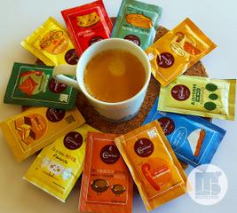 Startup incubada na UTAD ilustra pacotes de açúcar de marca de cafés